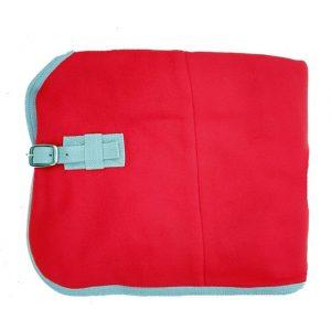 Deka odpocovací fleece Contes červená